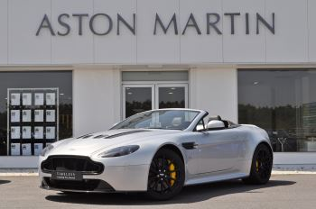Aston Martin V12 Vantage S Roadster S 2dr Sportshift III 5.9 Automatic 3 door Roadster (2015)