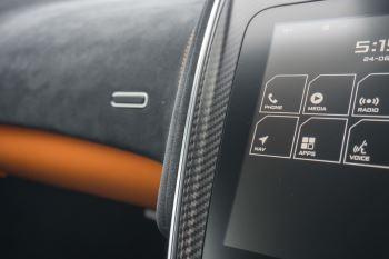 McLaren 570S Coupe V8 2dr SSG Auto Coupe image 25 thumbnail
