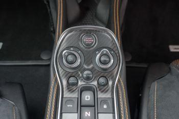 McLaren 570S Coupe V8 2dr SSG Auto Coupe image 28 thumbnail