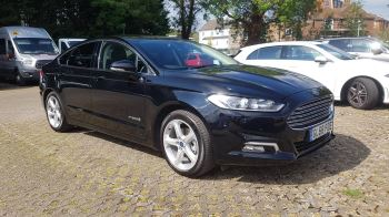 Ford Mondeo 2.0 Hybrid Titanium Edition Petrol/Electric Automatic 4 door Saloon (2018) image