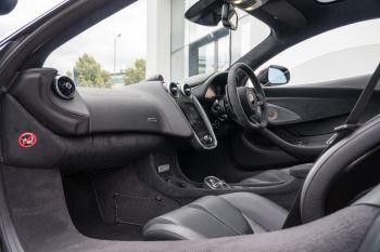 McLaren 570GT V8 2dr SSG Auto Coupe image 46 thumbnail