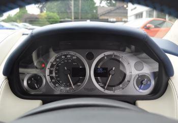 Aston Martin V8 Vantage S Coupe S 2dr Sportshift image 31 thumbnail