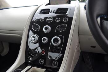 Aston Martin V8 Vantage S Coupe S 2dr Sportshift image 33 thumbnail