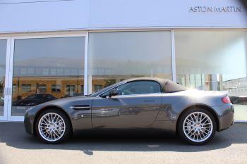 Aston Martin V8 Vantage Roadster 2dr [420] image 10 thumbnail