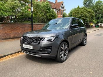 Land Rover Range Rover 5.0 V8 S/C 565 SVAutobiography Dynamic 4dr - Sliding Panoramic Roof - Privacy Glass - **High  Spec** Automatic 5 door Estate (2018)