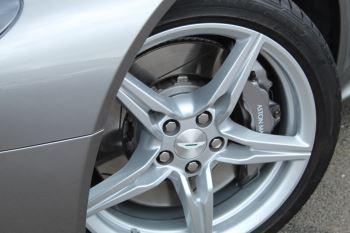 Aston Martin V8 Vantage Coupe 2dr Sportshift [420] image 20 thumbnail