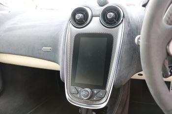 McLaren 570S Coupe V8 2dr SSG Auto Coupe image 22 thumbnail