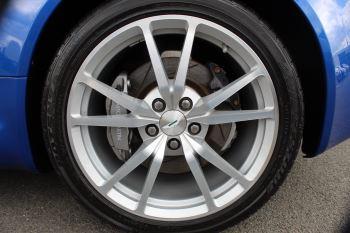Aston Martin V8 Vantage Roadster 2dr Sportshift [420] image 27 thumbnail