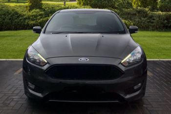 Ford Focus 1.0 EcoBoost 125 ST-Line 5dr image 7 thumbnail