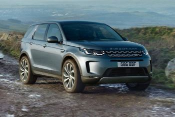 Land Rover Discovery Sport SE Tech 180 image 6 thumbnail