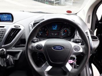 Ford Transit Custom 290 L2 Limited 2.0 TDCI 130PS Euro 6 image 13 thumbnail