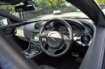 Jaguar XJ 5.0 V8 Supercharged XJR image 14 thumbnail
