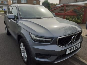 Volvo XC40 1.5 T3 Momentum with Winter Pack, Heated Screen, Keyless Drive & Rear Parking Camera. 5 door Estate (2018)