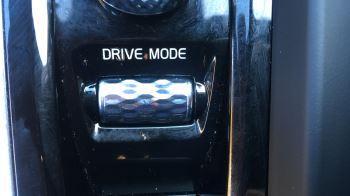 Volvo V60 2.0 D4 [190] R DESIGN 5dr - Volvo on Call, DAB Radio, SAT NAV, Park Assist image 29 thumbnail