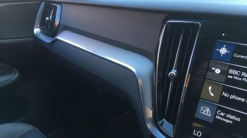 Volvo V60 2.0 D4 [190] R DESIGN 5dr - Volvo on Call, DAB Radio, SAT NAV, Park Assist image 30 thumbnail
