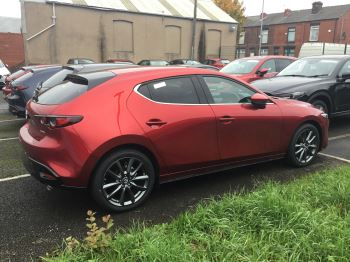 Mazda 3 1.8d Sport Lux image 8 thumbnail