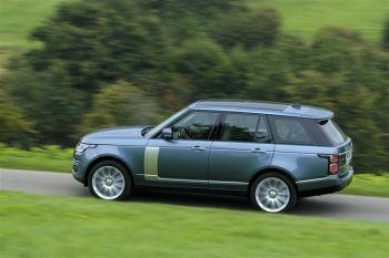 Land Rover Range Rover 3.0 TDV6 Vogue SE image 14 thumbnail