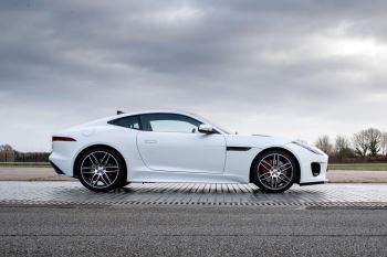Jaguar F-TYPE 3.0 (380) Supercharged V6 R-Dynamic AWD image 14 thumbnail