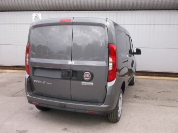 Fiat Doblo Cargo MAXI L2 DIESEL Multijet 16V Tecnico  MY20 1.6 105bhp  met grey clr coded  Diesel 6 door (2019) image