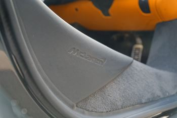 McLaren 570GT Coupe  image 25 thumbnail