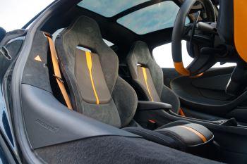McLaren 570GT Coupe  image 26 thumbnail