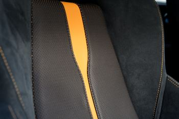McLaren 570GT Coupe  image 27 thumbnail