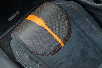 McLaren 570GT Coupe  image 49 thumbnail