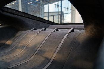 McLaren 570GT Coupe  image 52 thumbnail