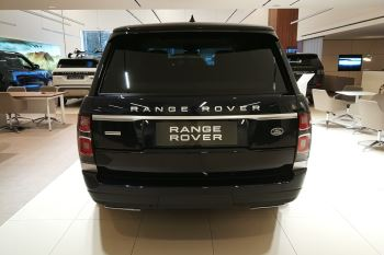 Land Rover Range Rover 4.4 SDV8biography image 5 thumbnail