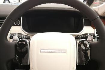 Land Rover Range Rover 4.4 SDV8biography image 7 thumbnail