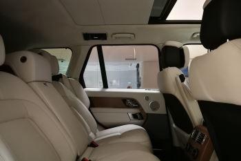 Land Rover Range Rover 4.4 SDV8biography image 19 thumbnail