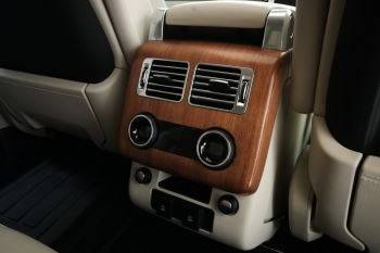 Land Rover Range Rover 4.4 SDV8biography image 20 thumbnail
