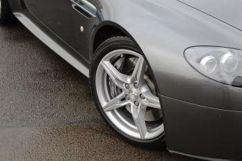 Aston Martin V8 Vantage S Coupe S 2dr Sportshift image 3 thumbnail