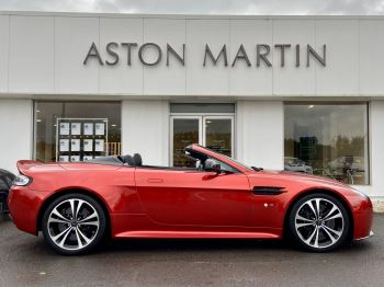 Aston Martin V12 Vantage S Roadster S 2dr Sportshift III image 4 thumbnail