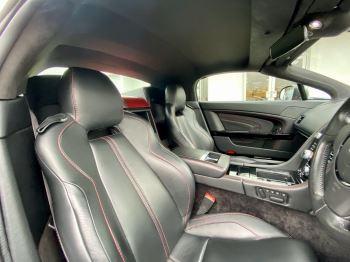 Aston Martin V12 Vantage S Roadster S 2dr Sportshift III image 19 thumbnail