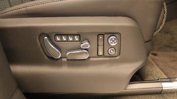 Bentley Bentayga 4.0 V8 5dr image 12 thumbnail