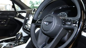 Bentley Bentayga 4.0 V8 5dr image 13 thumbnail