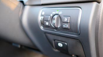 Volvo V60 D4 SE Lux Nav Auto, Winter Illumination & Family Pack, Sunroof, BLIS, VAT Reclaimable image 28 thumbnail
