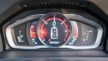 Volvo V60 D4 SE Lux Nav Auto, Winter Illumination & Family Pack, Sunroof, BLIS, VAT Reclaimable image 29 thumbnail