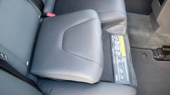 Volvo V60 D4 SE Lux Nav Auto, Winter Illumination & Family Pack, Sunroof, BLIS, VAT Reclaimable image 48 thumbnail