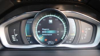Volvo V60 D4 SE Lux Nav Auto, Winter Illumination & Family Pack, Sunroof, BLIS, VAT Reclaimable image 51 thumbnail