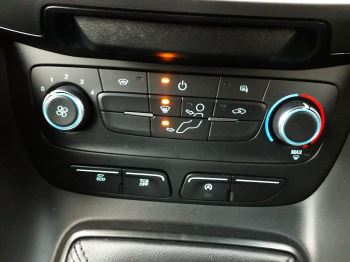 Ford Transit Connect 210 L2 Trend Euro 6 PLUS VAT image 18 thumbnail