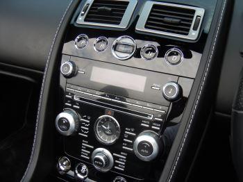 Aston Martin DB9 V12 2dr Volante Touchtronic [470] image 4 thumbnail