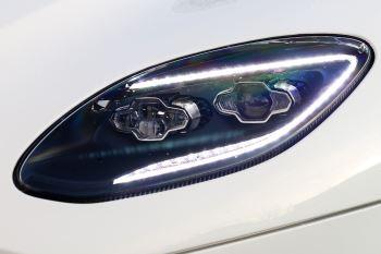 Aston Martin DBS V12 Superleggera 2dr Touchtronic image 17 thumbnail