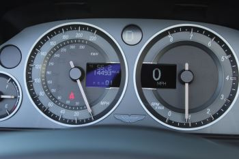 Aston Martin DB9 V12 2dr Volante Touchtronic [470] image 13 thumbnail