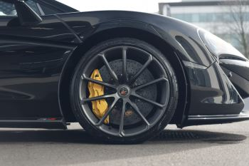 McLaren 570S Spider SSG  image 5 thumbnail