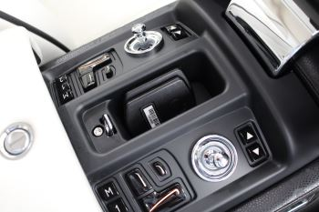 Rolls-Royce Phantom II 4dr Auto image 23 thumbnail
