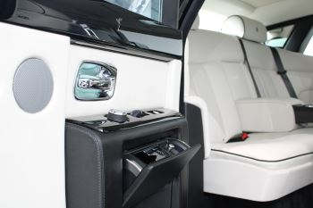 Rolls-Royce Phantom II 4dr Auto image 39 thumbnail