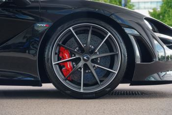 McLaren 720S Spider V8 2dr SSG image 6 thumbnail