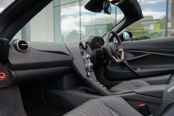 McLaren 720S Spider V8 2dr SSG image 41 thumbnail